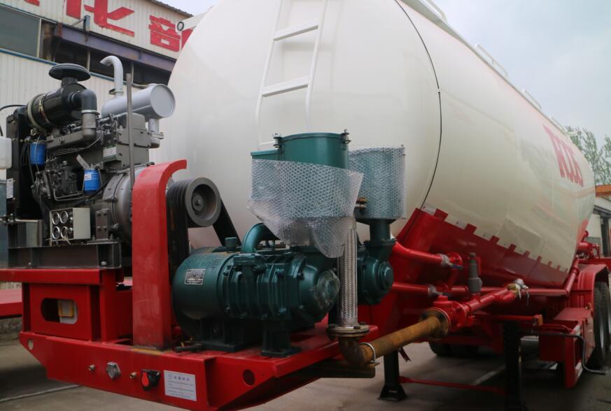 What is a powder pneumatic / bulk cement tank trailer?