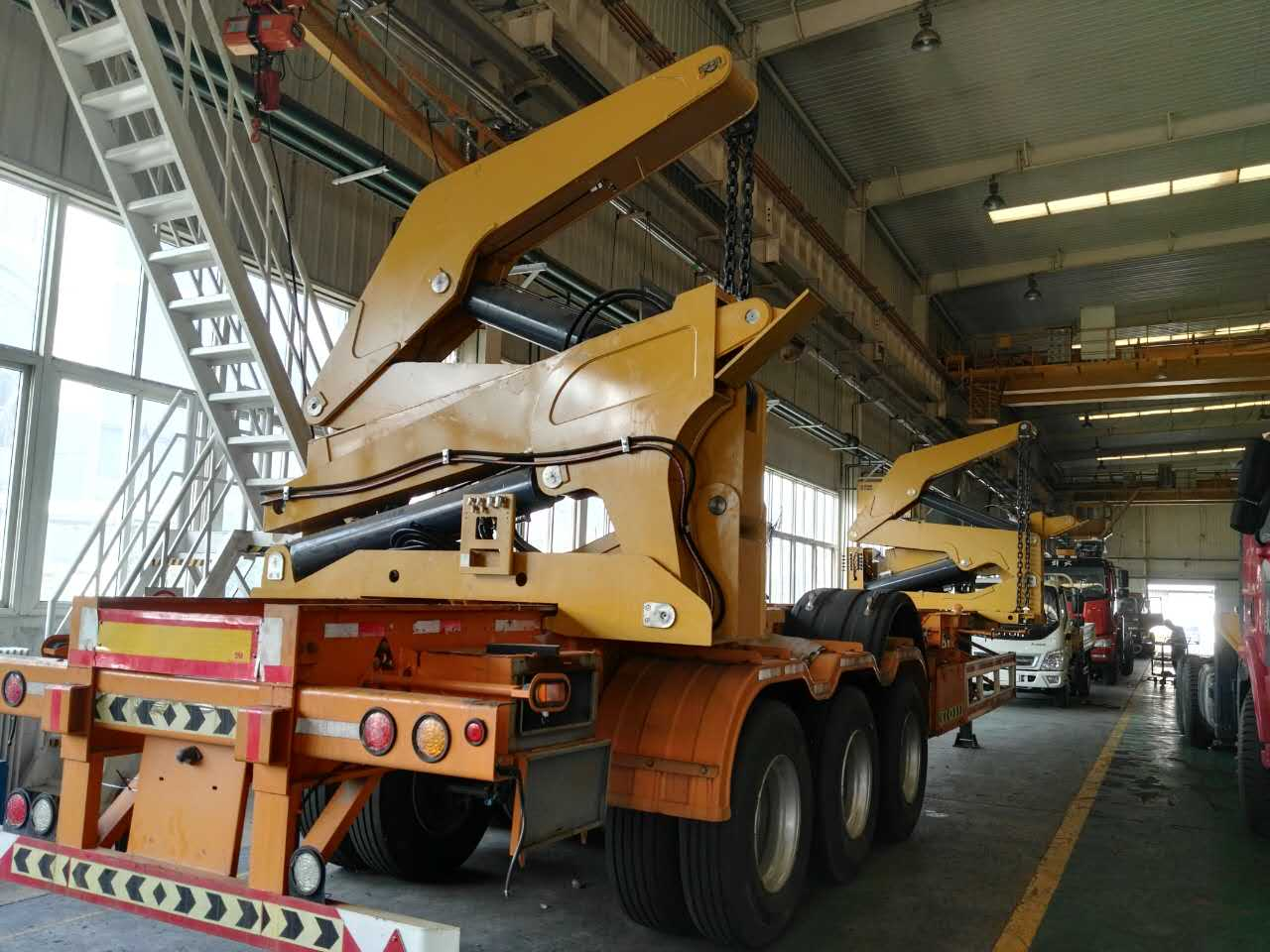 20 40ft Container Side Loaders Lifters For Sale From