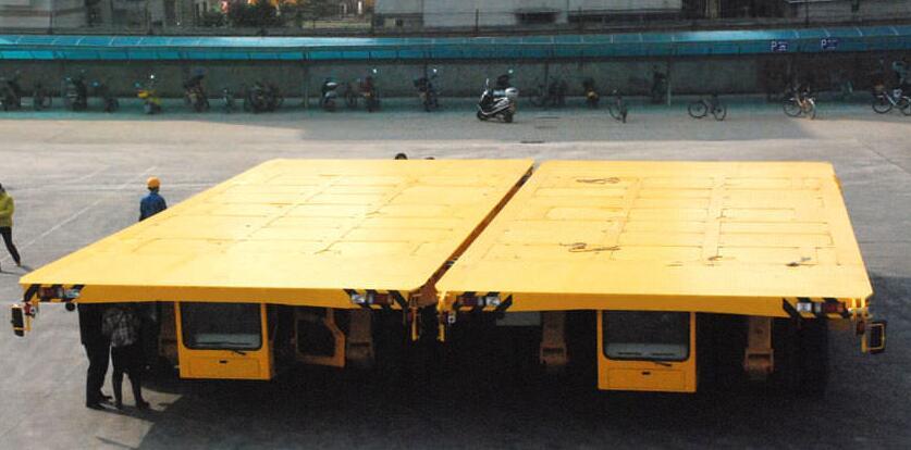 hydraulic platform transporter coupling